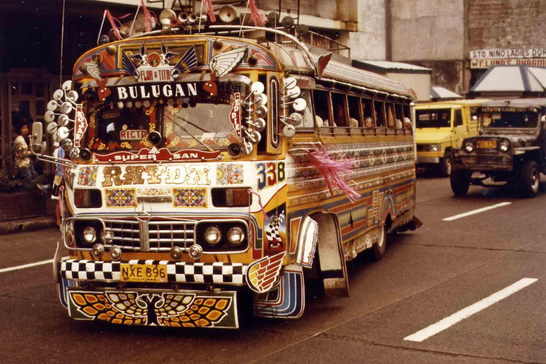 Bus in Manila 1983