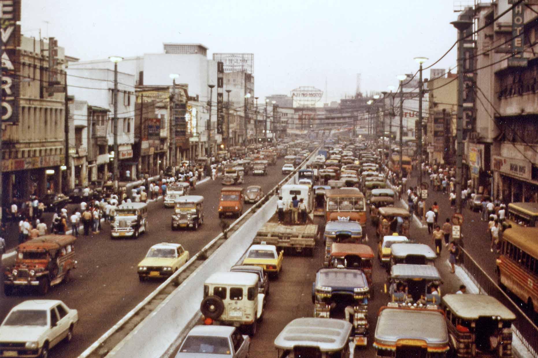 Traffic in Manila 1984