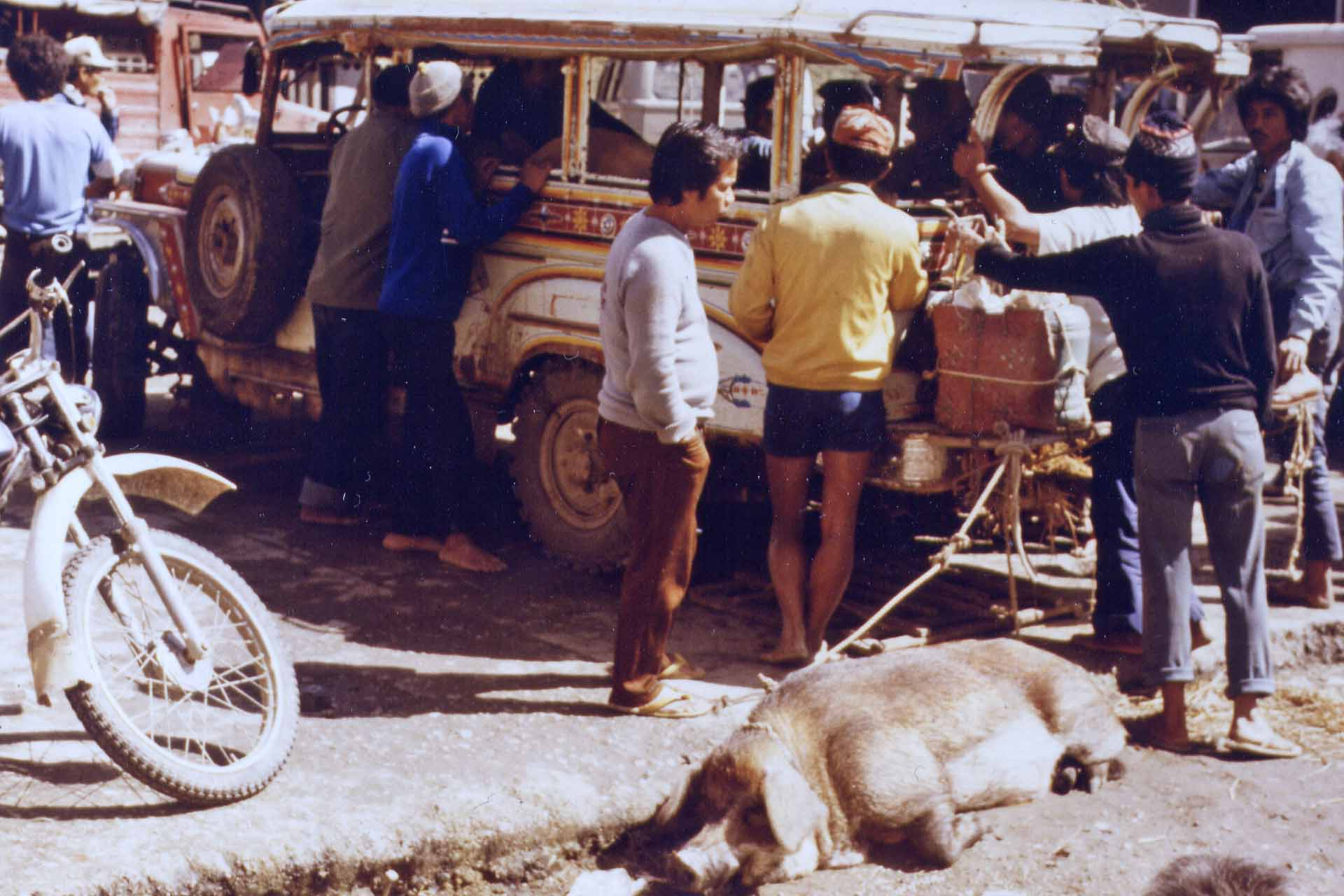 Jeepney-Stopp in Bontoc