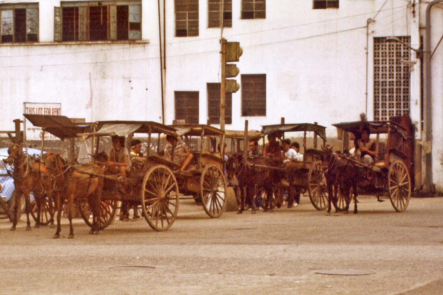horse-drawn carriage in Cebu City