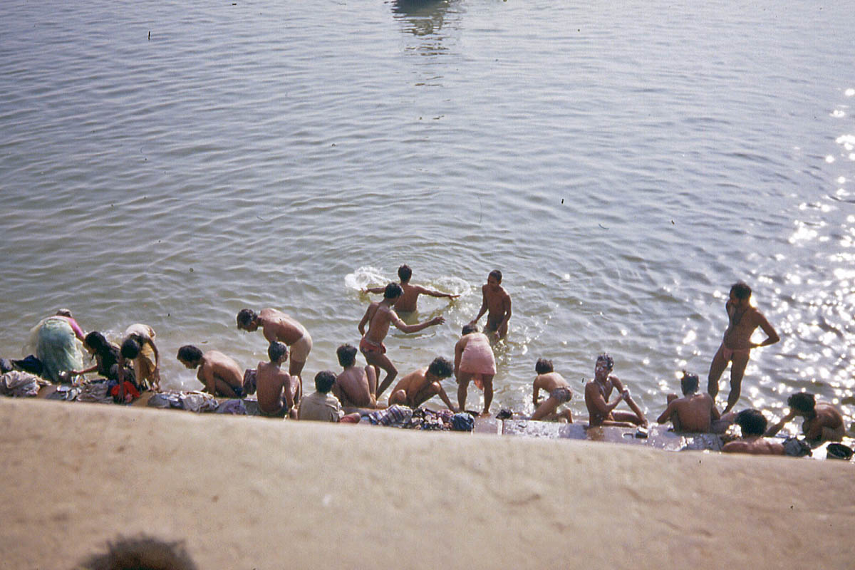 bath in holy ganges
