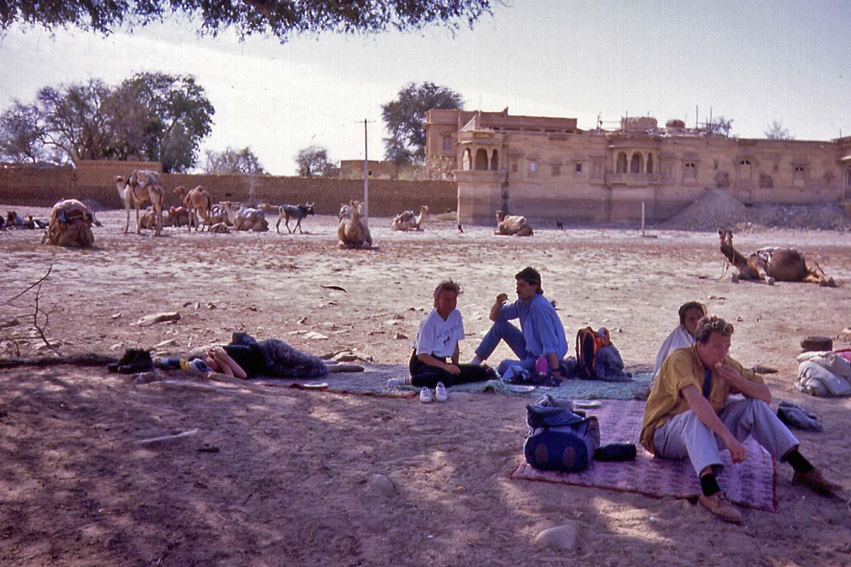 rest in thar desert