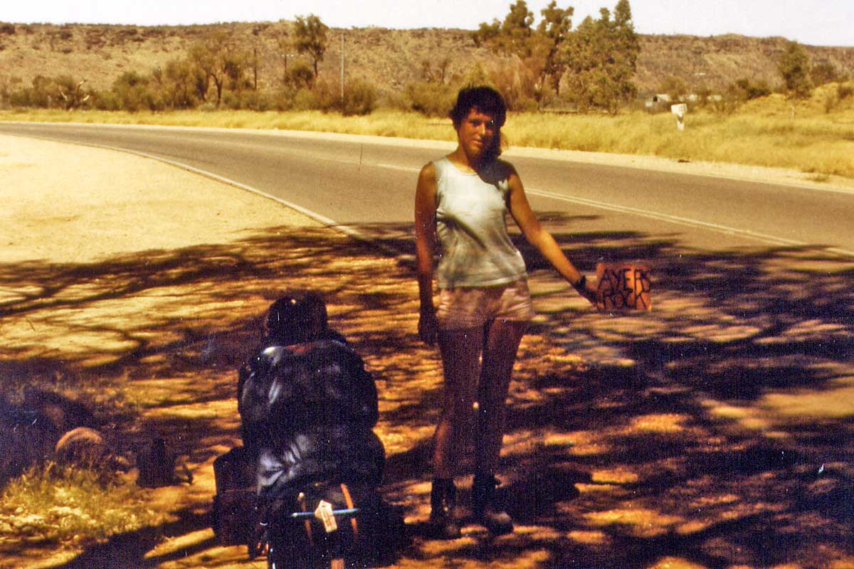 Hitchhiking in Alice Springs