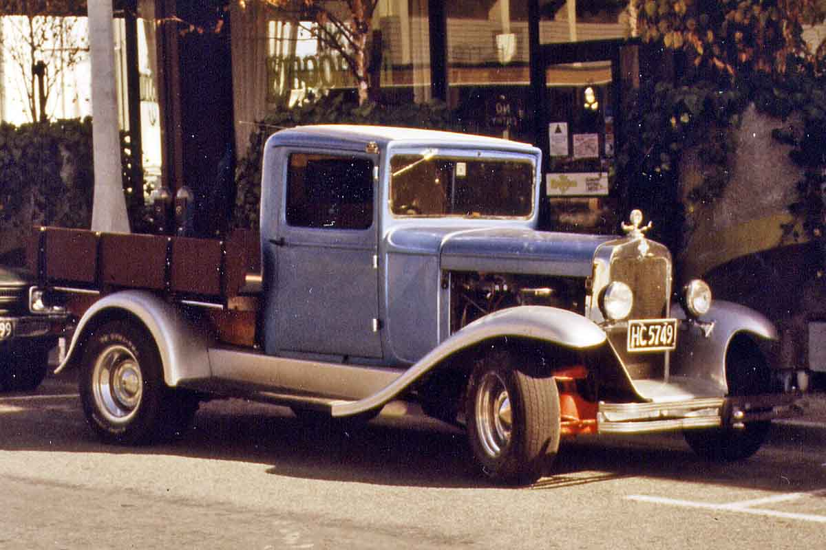 Oldtimer truck in New Zealand