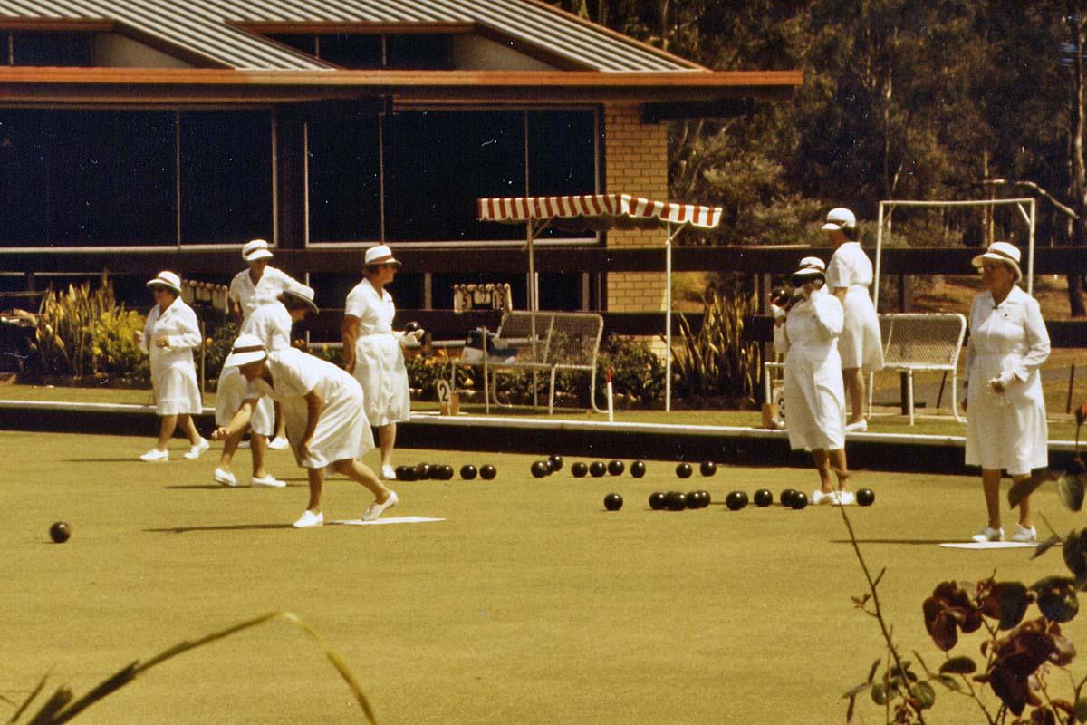 Ladies bowling in Australia