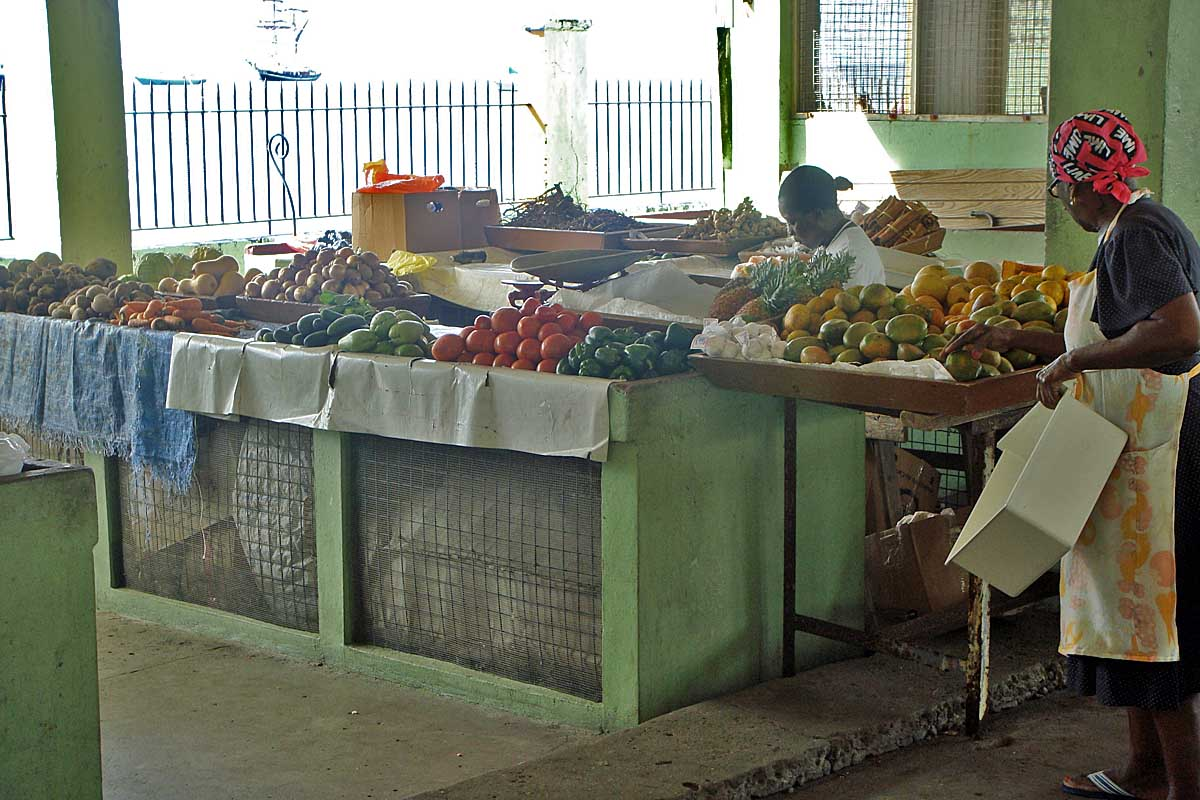 market on St kitts, basseterre