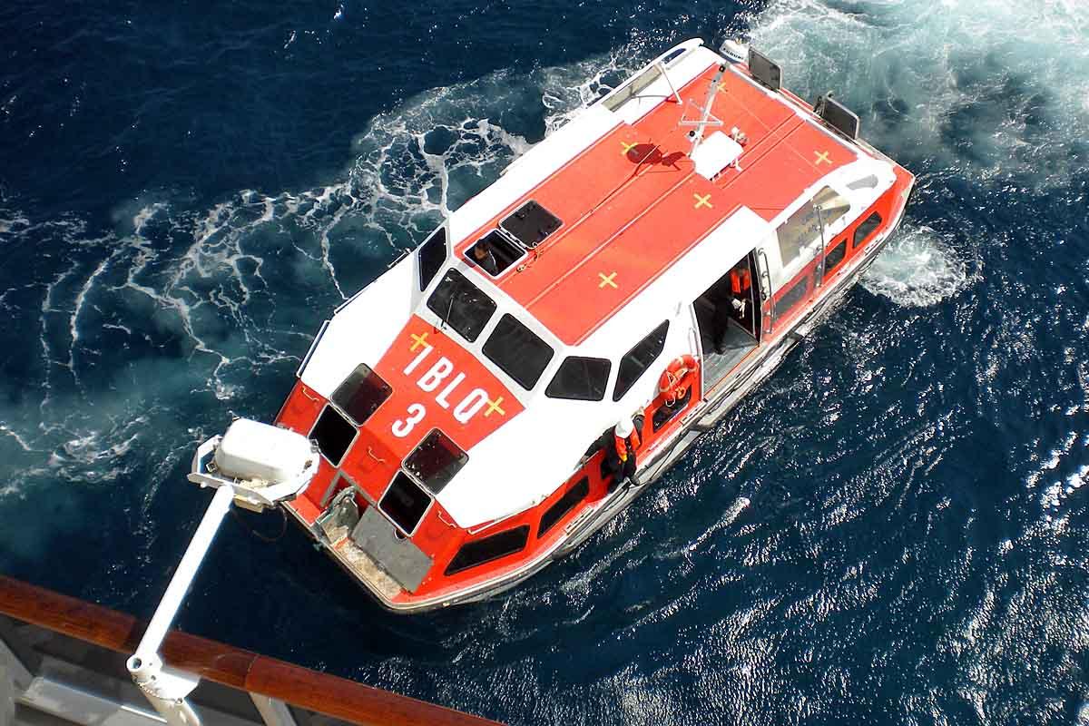 tenderboat