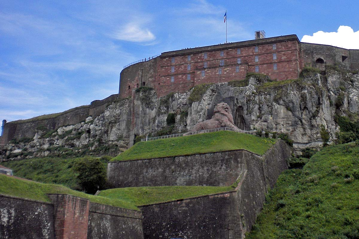 belfort castle with lion