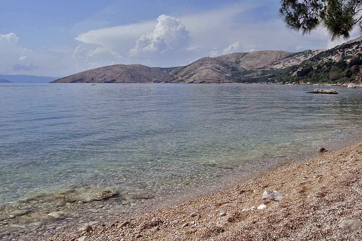 isle krk kroatia beach